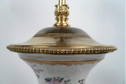 Caldwell Bronze-Mounted 'Armorial Chinese Export' Style Samson Porcelain Lamp